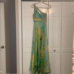 Morrell Maxie prom dress